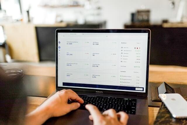 revenue manager utilizza tool per il revenue management extra alberghiero