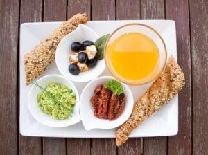 la colazione salata con prodotti locali, uno dei servizi ancillari più aprpezzati dagli ospiti
