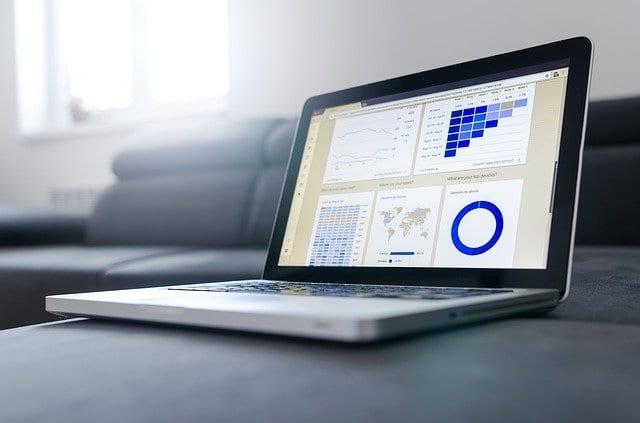 schermata analytics utile perredigere un piano marketing ed estrapolare i dati sulla struttura ricettiva