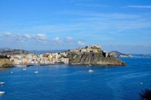 l'isola di procida, eletta capitale italiana della cultura 2022